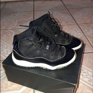 Air Jordan 11 Space jams